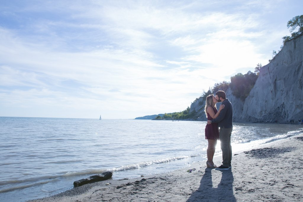 Sam + Cam Engagement Photo Session – Scarborough Bluffs, 2018